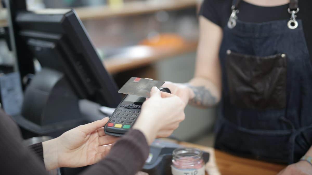 compra-direitos-basicos-do-consumidor