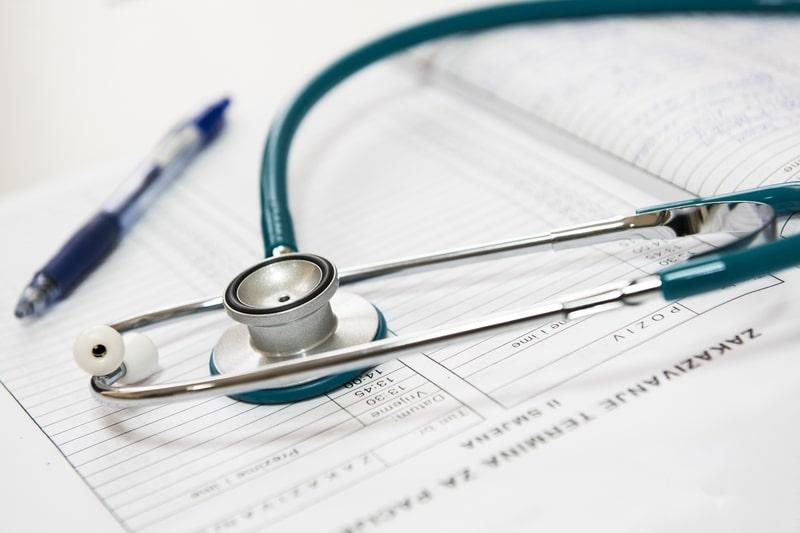 estetoscópio-procedimentos-médicos